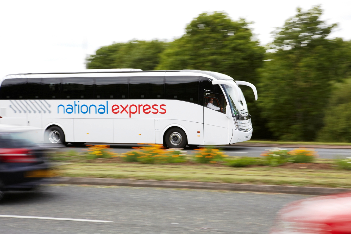 National Express unwraps its biggest Christmas ever ...